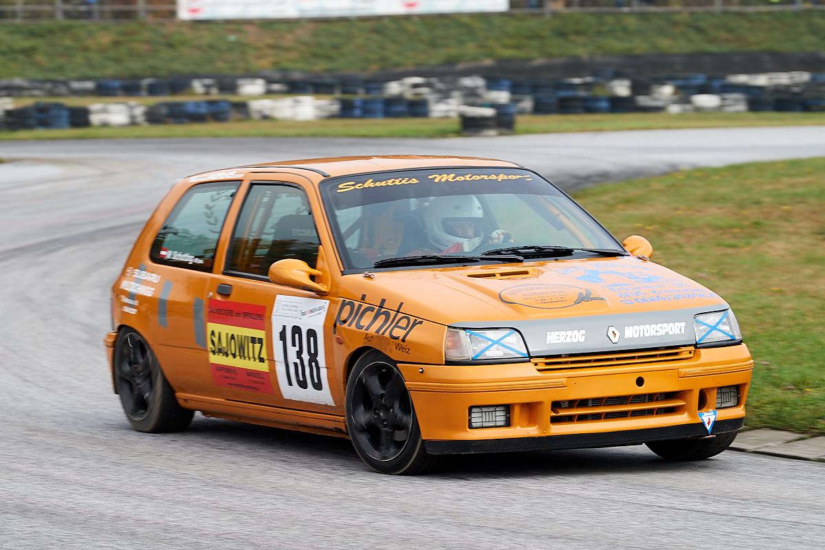 Wolfgang Schuttig - Renault Clio